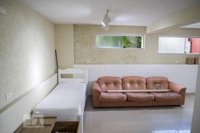 Casa Mobiliada Com 1 Dormitório E 3 Garagens - Id: 892890043 - 190043