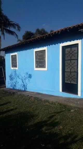 Aluga-se Casa Pequena Dentro De Chácara