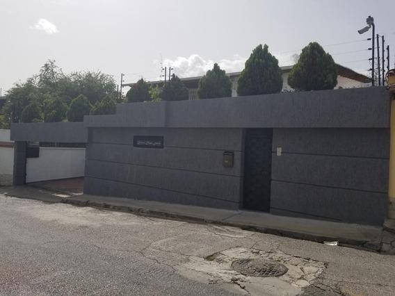 Casa 4 Pisos Recién Modelada Urb. El Marquez