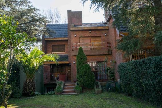 Casa En Venta 3 Ambientes En Martinez