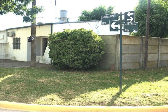 Casa A Refaccionar Sobre Lote De 240m2 Forestado.