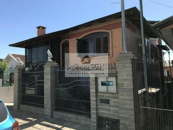 Casa 03 Dorm. - Bairro Santa Corona - Ca300523
