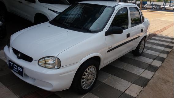 Chevrolet Corsa Classic 1.0 Life 4p Gasolina