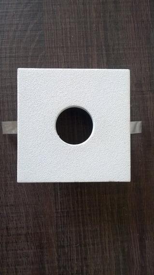 Embutido Built Quadrado Com Furo Redondo Branco Mr11
