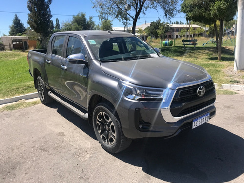 Toyota Hilux 2.8 Cd Srx 4x4 Automatica Cuero 2021