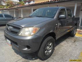 Toyota Hilux Rustico