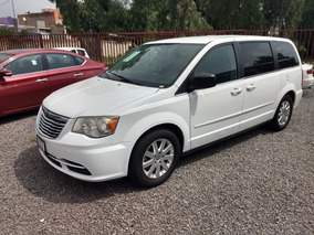 Chrysler Town & Country 3.6 Li Mt 2014