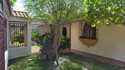 En Venta Casa Urbanización Fundación Mendoza Código 17-14934