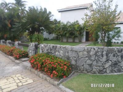 Mansão No Condomínio Moringa Cabo Frio. Um Luxo! - Qgc172
