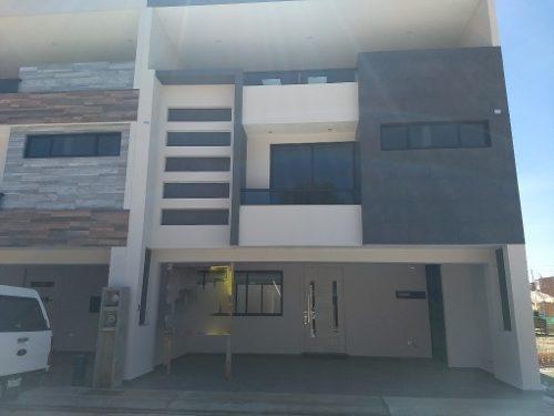 Venta Casa 4 Recamaras En Fraccionamiento San Andres Cholula