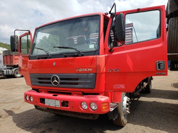 Mercedes-benz Atron 1719 4x2 Ano 2015/2016 No Chassilongo