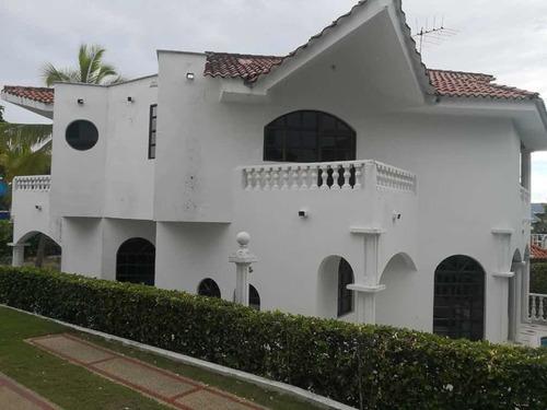 Hermosa Casa Con Piscina Condominio Hacienda La Estancia