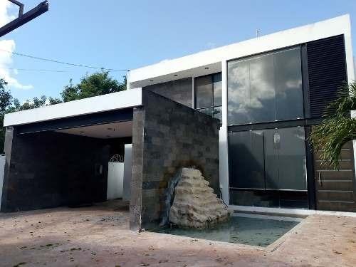 Moderna Residencia A Unos Minutos Del Periferico