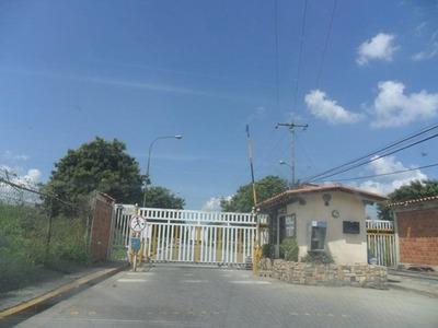 Casa En Venta Urb Las Palmas, Cagua. Mcmb 17-13497