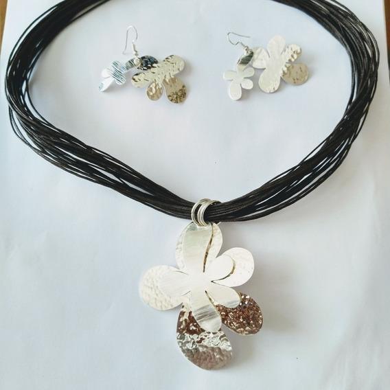 Collar Con Dije En Forma De Flor Incluye Aretes De Plata