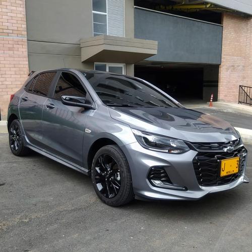 Chevrolet Onix Rs Turbo - 2021