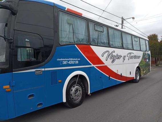 Vendo/ Permuto Colectivo Volvo/ 2014 Carroceria Saldivia