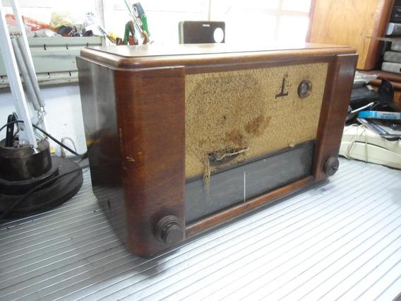Antigo Radio De Madeira - Paillard Z5501 - Valvulado