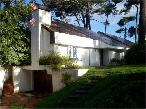 Casa En Punta Del Este, San Rafael- Ref: 1170