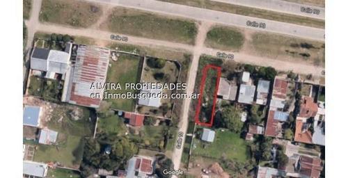 Lote De 10 X 36 M En Calle 10 Y 90 - Villa Elvira La Plata