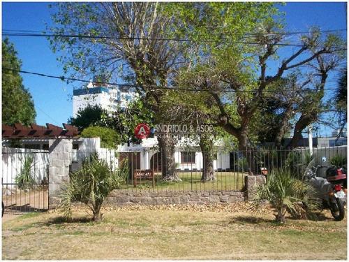 Casa En Muy Buena Ubicacion- Ref: 4280