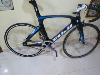 Bicicleta Fuji Track Elite Carbon Pista