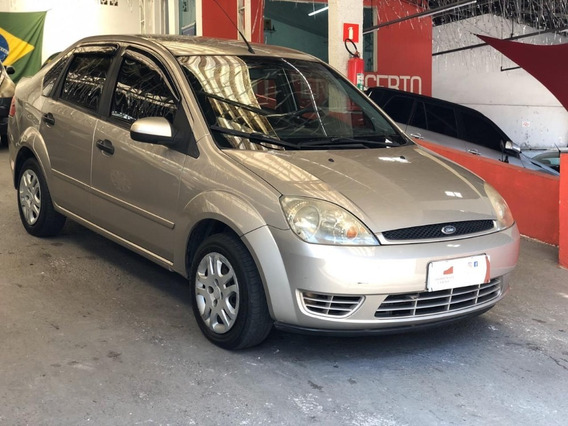 Ford Fiesta Sedan 2005 1.6 Flex 4p - Completo