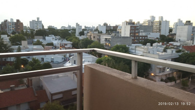 Pocitos Piso Alto Equipado 1 Dorm + Terraza + Garage + Vista
