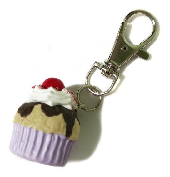 Llavero Con Dije En Porcelana Fría Cupcake