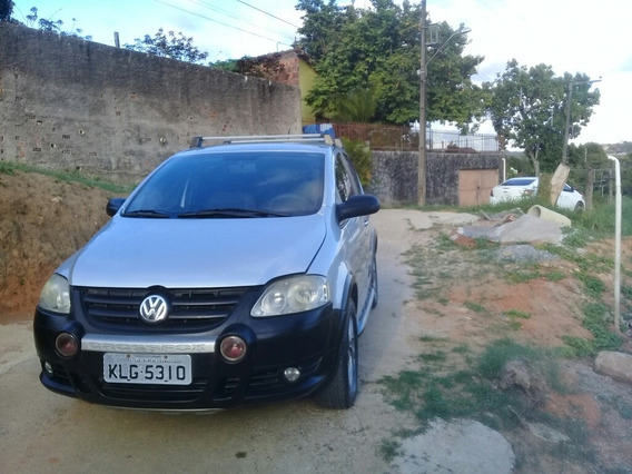 Volkswagen Crossfox 1.6 Total Flex 5p 2008