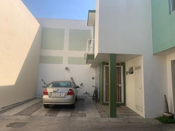 Residencia En Venta En Real Santa Margarita, Casa En Coto Privado