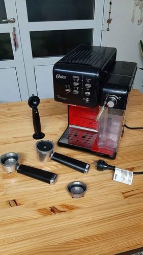 Cafetera Espresso Oster Prima Latte