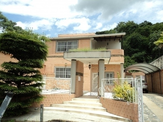 Venta De Amplia Y Comoda Casa De 400 M2 En Parque Mirador Va