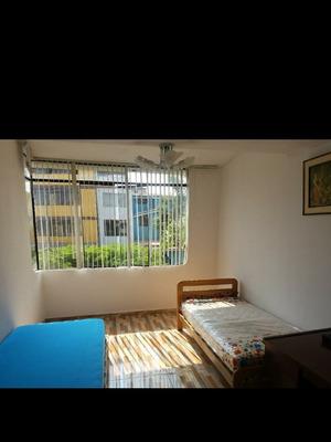 Habitacion Semiamoblado En Alquiler En Santiago De Surco