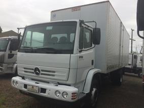 Mercedes-benz Mb 1718 - 2011 - 4x2 - Baú 7 Metros