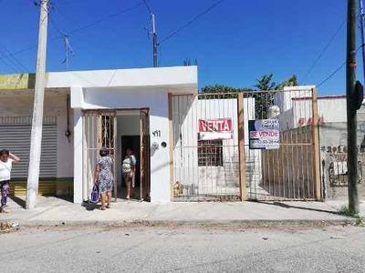 Venta De Casa Con Terreno Para Remodelar En Col. Amapolas, Mérida