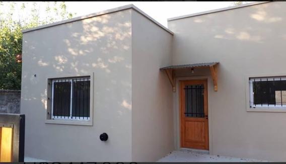 Casa En Venta En De Vicenzo Grande, Pilar