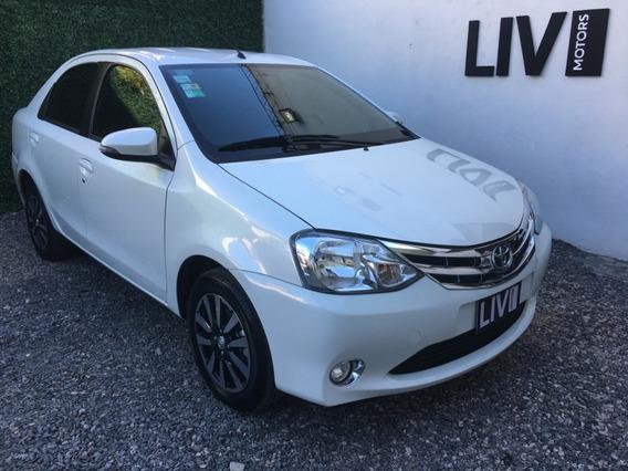 Toyota Ethios Platinum 1.5 Sedan 4p - Liv Motors