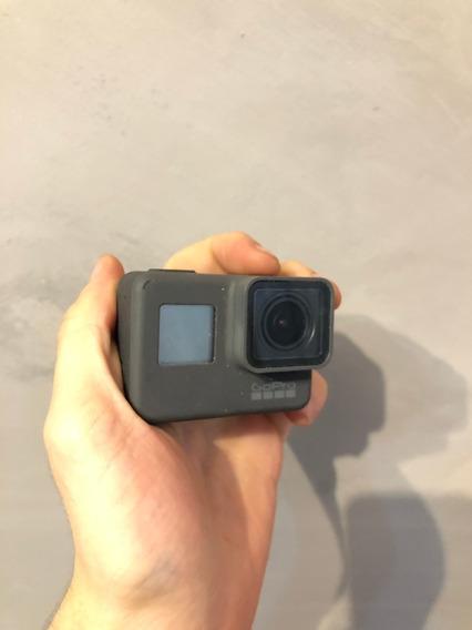 Câmera Gopro Hero 5 Black, 12mp, 4k C/voz + Acessorios