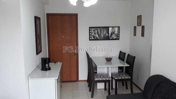 Apartamento No Engenho De Dentro - Caap20377