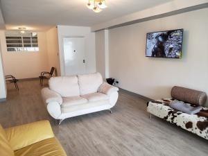 Venta De Apartamento En Los Palos Grandes / Ofc 20-2817