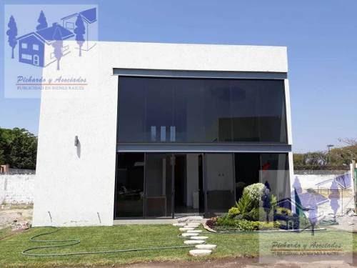 Venta De Casa Con Alberca En Condominio Real Sumiya