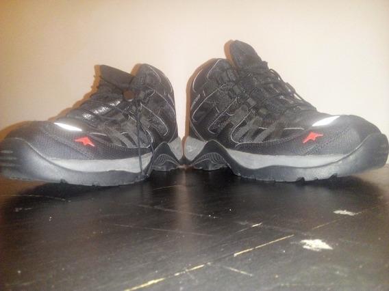 Zapatillas Sin Plantillas (marca Montagne)