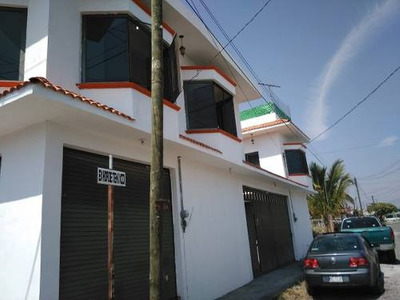 Cuautla, Casasano, 3 Deptos. Y 2 Locales