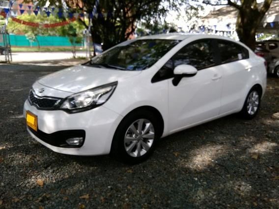 Kia Rio Spice Motor 1.25 2014 Blanco 4 Puertas