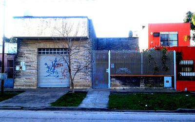 Casa En Venta - 4 Ambientes - Gregorio De Laferrere.-