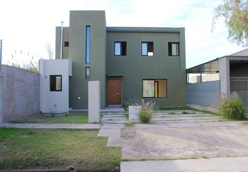 Imagen 1 de 30 de Casa En Venta A Estrenar - Guaymallén
