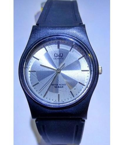 Relógio Q&q Preto Fundo Prata Pulseira Borracha - Vp34j017y