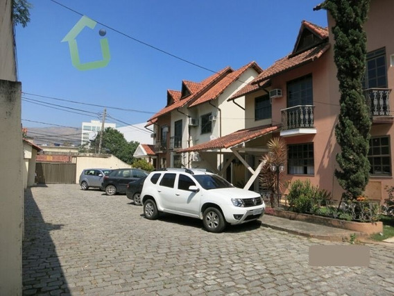 Aluguel - Casa 03 Quartos Em Condomínio Fechado