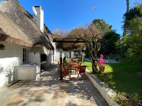 Hermosa Casa En Rincón Del Indio - Ref: 510